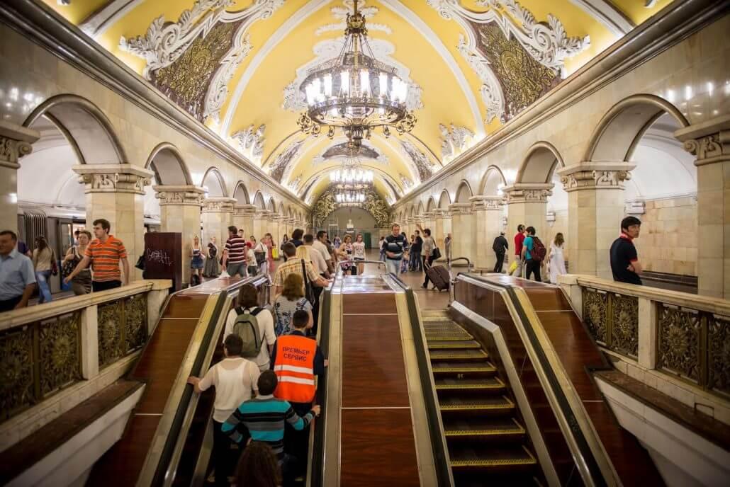 Tarihi Moskova Metrosu  Rusya'da Mutlaka Görülmesi Gereken Yerler Tarihi Moskova Metrosu